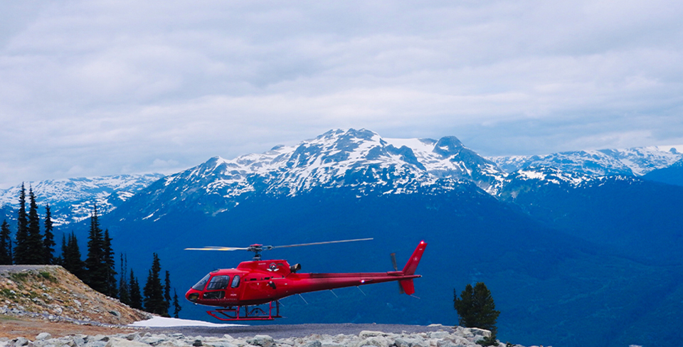 Blog-Full-Width-Image-960w--(2)Heli-Mountains-Ski-Snow-Utopian