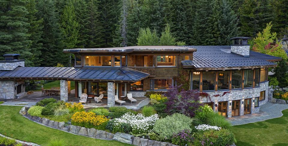 Stonebridge Retreat, luxury home in Whistler 2020 travel goals